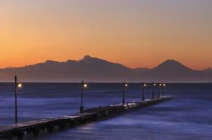 原崗海岸より富士山を望むの写真素材 [FYI03226949]