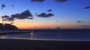 原崗海岸より富士山を望むの写真素材 [FYI03226964]