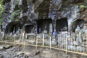 日本寺の石仏の写真素材 [FYI03227052]