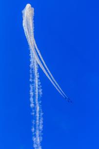 ブルーインパルスの写真素材 [FYI03227331]