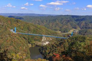 赤岩の展望台より竜神大橋を望むの写真素材 [FYI03227492]