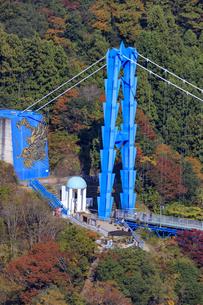 赤岩の展望台より竜神大橋を望むの写真素材 [FYI03227498]