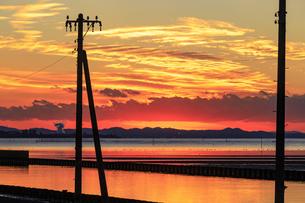 夕暮れの江川海岸の写真素材 [FYI03227587]