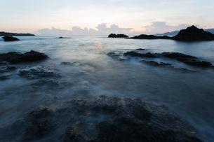 沖縄県恩納村の海の写真素材 [FYI03228065]