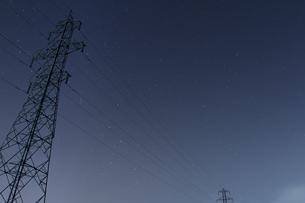 室蘭の送電線の写真素材 [FYI03228139]