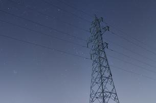 室蘭の送電線の写真素材 [FYI03228147]