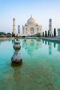 タージ・マハル、インドの写真素材 [FYI03228564]