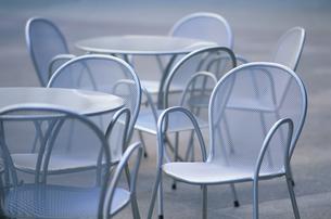 テーブルと椅子の写真素材 [FYI03228839]