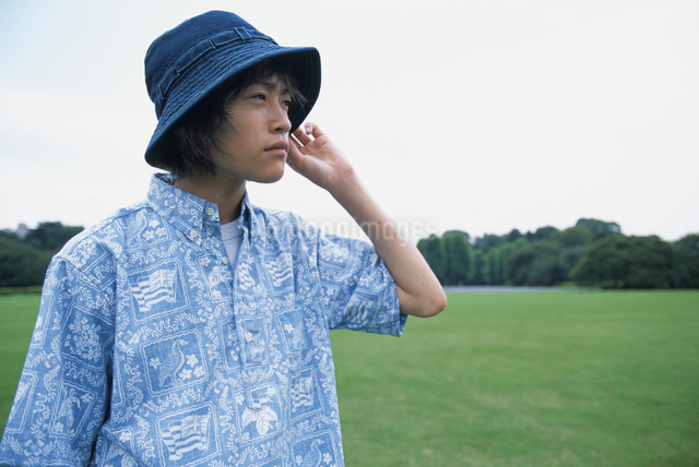 日本人男性の写真素材 [FYI03230304]