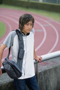 日本人男性の写真素材 [FYI03230315]