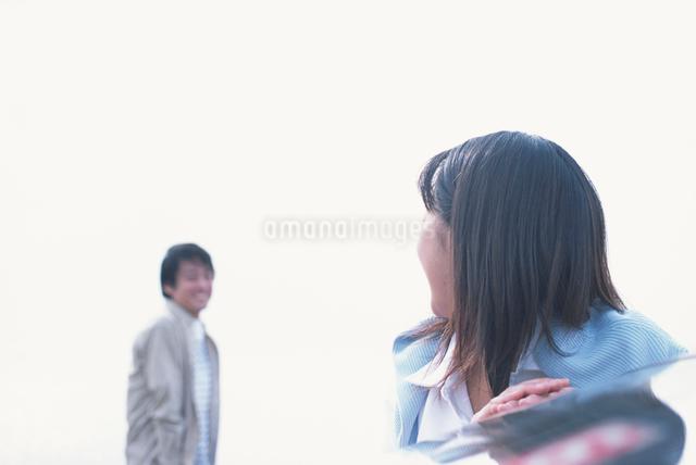 日本人のカップルの写真素材 [FYI03230355]
