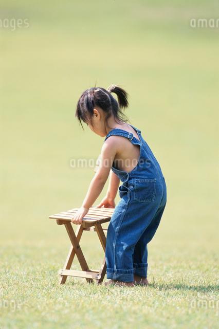 日本人の女の子の写真素材 [FYI03230375]