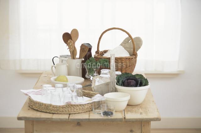 食器いろいろの写真素材 [FYI03230894]