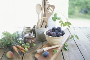 食材とキッチン用品の写真素材 [FYI03231280]