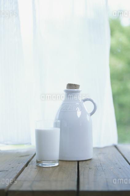 牛乳の写真素材 [FYI03231282]