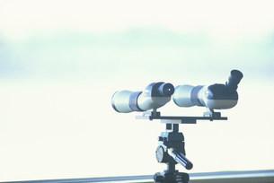 バードウォッチング用望遠鏡の写真素材 [FYI03233180]