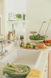 キッチンインテリアの写真素材 [FYI03233907]