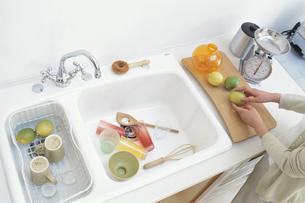 キッチンと流し台の写真素材 [FYI03235485]