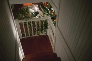 2階から見たリビングの写真素材 [FYI03236151]