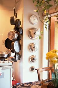 キッチンと鍋の写真素材 [FYI03237045]