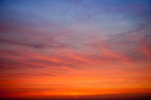夕焼け雲の空 練馬区よりの写真素材 [FYI03239529]
