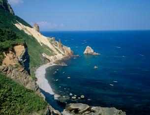 赤岩海岸 高嶋岬の写真素材 [FYI03241630]