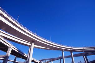 高速道路高架の写真素材 [FYI03241671]
