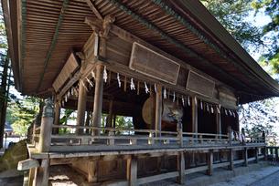 諏訪大社上社本宮の神楽殿の写真素材 [FYI03244041]