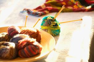 毛糸と編み棒の写真素材 [FYI03244954]