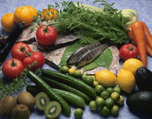 アマゴと野菜の写真素材 [FYI03245366]