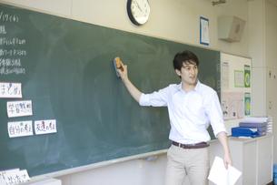 小学校の授業の様子の写真素材 [FYI03246817]