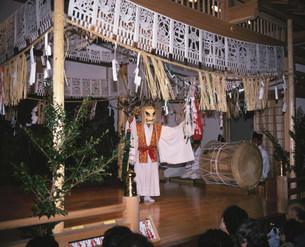 高千穂神社の神楽の写真素材 [FYI03255410]