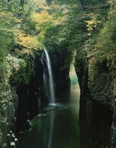 秋の高千穂峡の写真素材 [FYI03255415]