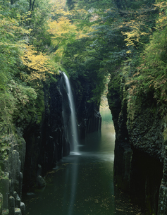 秋の高千穂峡の写真素材 [FYI03255723]