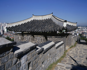 華城の西砲楼の写真素材 [FYI03258344]