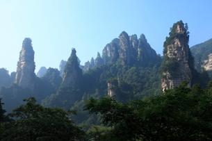 十里画廊の岩峰の写真素材 [FYI03259366]