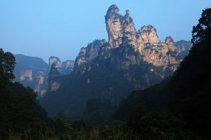 十里画廊の岩峰の写真素材 [FYI03259369]