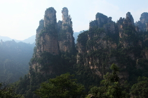 十里画廊の岩峰の写真素材 [FYI03259370]