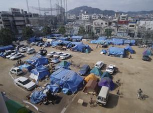 阪神大震災テント仮設住宅の写真素材 [FYI03260316]