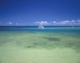 海上ボートハウスの写真素材 [FYI03260922]
