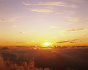 日ノ出 乗鞍岳の写真素材 [FYI03261037]