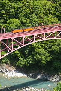 黒部峡谷鉄道の写真素材 [FYI03261223]