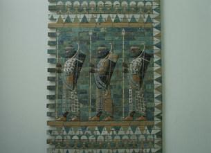 ペルシャの兵士 ペルガモン博物館の写真素材 [FYI03264408]