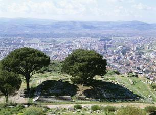 ゼウスの祭壇 ペルガモンの写真素材 [FYI03265539]