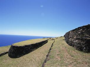儀式村の石積の家 オロンゴ岬の写真素材 [FYI03266493]