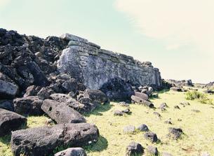 アフ・テペウの石積みの祭壇の写真素材 [FYI03266502]