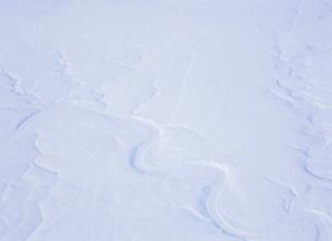大河と雪原の写真素材 [FYI03266857]