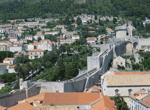 城壁からの眺望 ドブロブニク クロアチアの写真素材 [FYI03266928]
