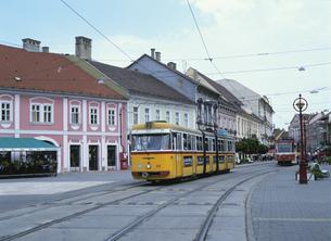 市街電車 ミシュコルツ 7月 ハンガリーの写真素材 [FYI03266966]
