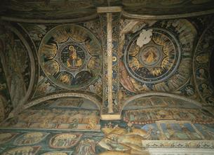 ホレーズ修道院天上画ホレーズ村 ルーマニアの写真素材 [FYI03266984]